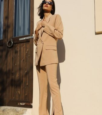 Tailored suit isabella